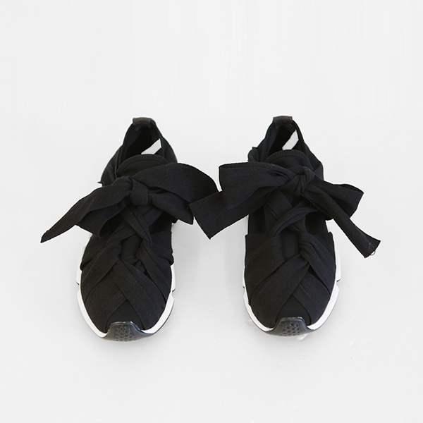 Ribbon Tie Sneakers