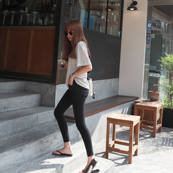 High-Rise Cropped Skinny Pants