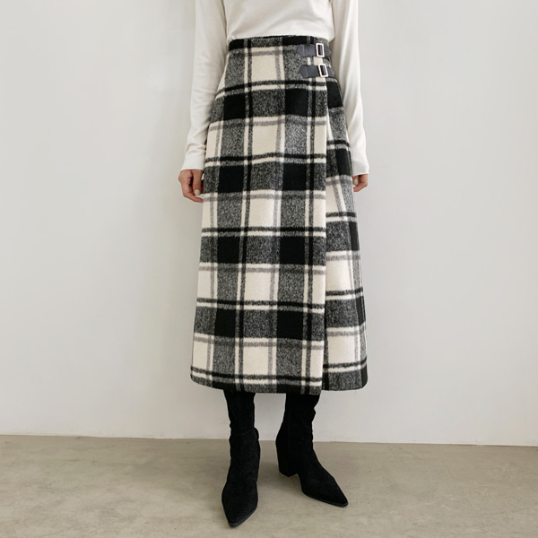Buckled Strap Check A-Line Skirt