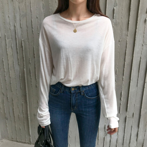 Round Neck Extended Sleeve T-Shirt